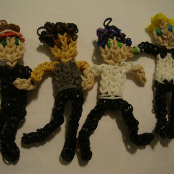 Rainbow Loom 5 Seconds of Summer Figurine Set