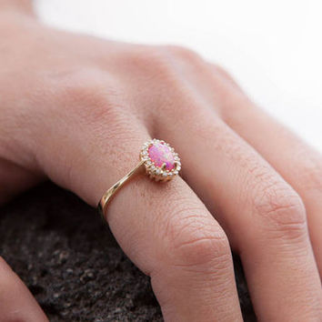 Pink Australian Opal Ring, Oval Opal ring, Solid Gold 14k ,Opal Engagement Ring, Birthstone Ring