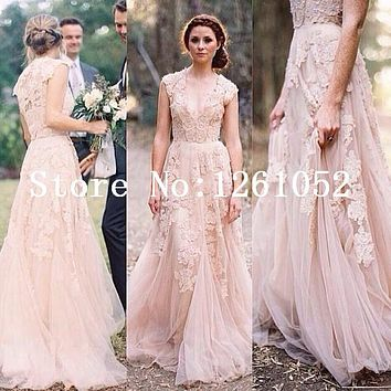 Vintage Lace Light Pink V Neck Sleevelss A Line Tulle Prom Dress With Floral Applique