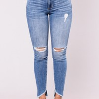 Indianna Frayed Jeans - Medium