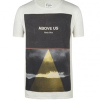 Only Sky Cut Collar T-shirt