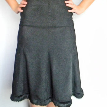 Vintage Black Godet Balck Skirt With Black Fur Trim. Back To School. 80s  Cotton Flare Skirt. Size Small.