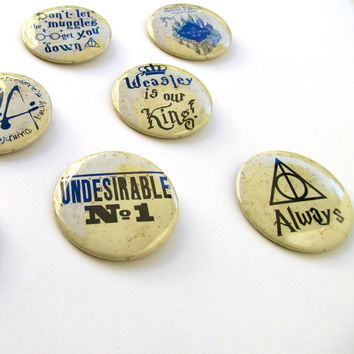 "Complete set of 11 Harry Potter buttons 50mm/2"",Mischief Managed,I solemnly swear I am up to no good,Undesirable, Don't let the Muggles"