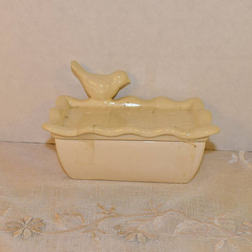 Bird Soap Dish 2 Piece Vintage White Ivory Grated Soap Rest Drain Holes Perched Bird Cottage Chic Bathroom Vanity Dish Decor