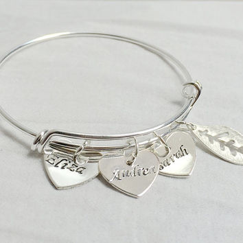 Personalized bracelet for Mom, Mother's day Jewelry, Mom bracelet with 3 children Names, Personalized jewelry for women, Silver Bangle Mom