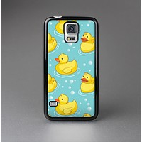 The Cute Rubber Duckees Skin-Sert Case for the Samsung Galaxy S5