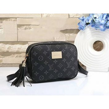 LV X Supreme Fashion Women Leather Tassel Shoulder Bag Crossbody Satchel Black I-a-BBPFCJ