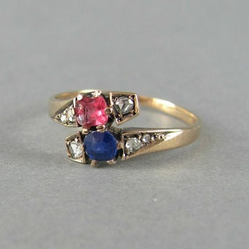 PRETTY sapphire and rose cut diamond engagement ring, Victorian engagement ring, antique diamond ring, 14k solid gold vintage stacking ring.