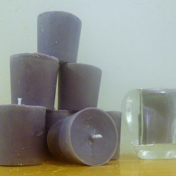 8 soy lavender scented dark purple votive candles