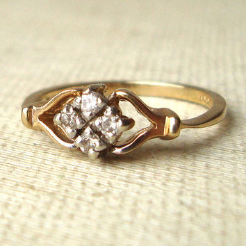 Vintage Diamond Ring, Art Deco Style Engagement Ring, 9k Gold and Diamond Engagement Ring Size US 5