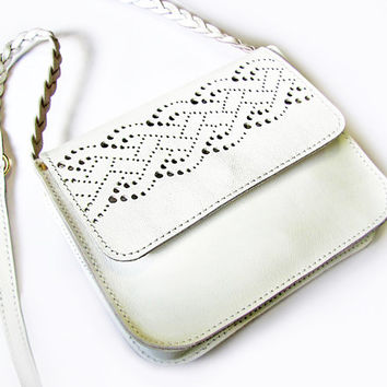 "White leather purse ""Eliza"", Braid lace pattern, Cross body wedding purse, MADE TO ORDER"