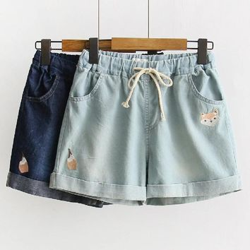 Small fox embroidery Elastic waist shorts Denim shorts 2017 summer mori girl