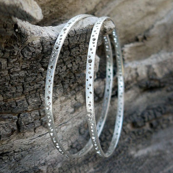 ON SALE Skinny silver bangles set of 2. Silver bracelet. Statement jewelry in a comfortable lightweight design
