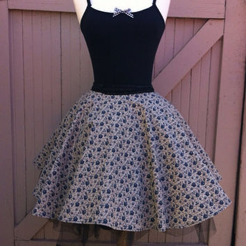 Dolly Rose Skirt, Rockabilly Circle Skirt, Vintage Floral Cotton Skirt, Black Lace Rock n Roll Skirt, Pin Up Mothers Day, Mod