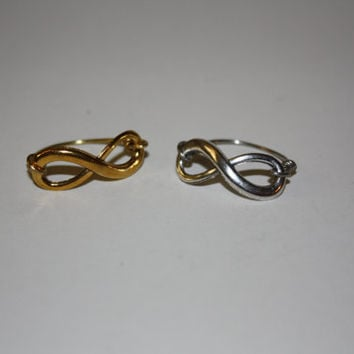 Antiqued Golden or Antiqued Silver  Infinity Ring Sizes 6-14  Copper and Metal #infinity #bff #backtoschool #forever #love #infintyjewelry