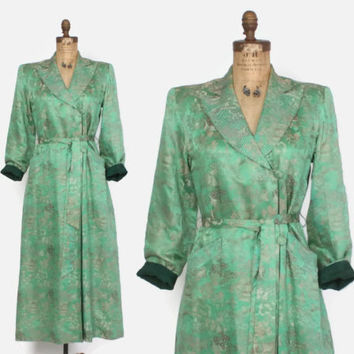 Vintage 40s SILK ROBE / 1940s Spring GREEN Asian Brocade Belted Hostess Dressing Gown Duster Jacket