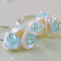 Keishi Pearl Bundles with Blue Topaz Centers by livjewellery