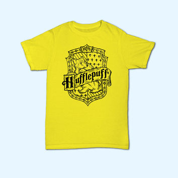 Harry Potter Hufflepuff House Logo T-Shirt - Gift for friend - Present