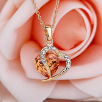 Romantic Delicate Heart-shaped Design Lady's Necklace 10772399 - Necklace - Dresswe.Com