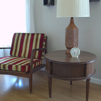 Mid Century Modern Side Table, Vintage Drum Table, Mid Century Wood and Formica Round End Table