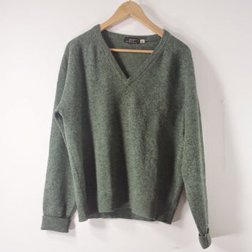 Vintage LANDS' End Mens Green V Neck Sweater - Lambswool - Made in England - Size S/M