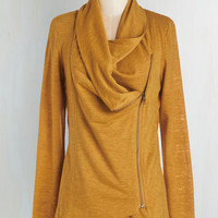 Mid-length Long Sleeve Airport Greeting Cardigan in Honey