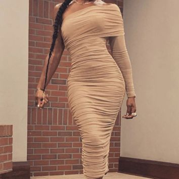 The new popular mesh single sleeve shoulder slit dress