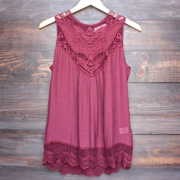 gypsy crochet lace gauzy sleeveless tank top in burgundy