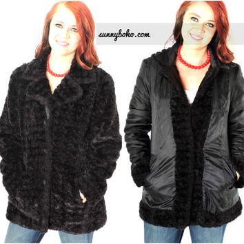 Black faux fur coat size S / M 90s reversible faux Persian lambs wool coat black fake fur jacket / raincoat sunnybohovintage