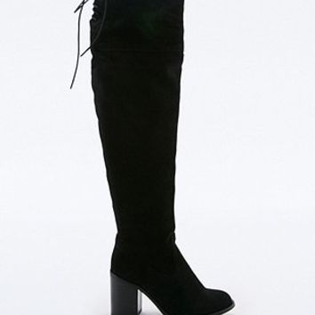 Tara High Leg Suede Boots - Urban Outfitters