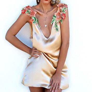 Women's Fashion Flowers Embroidery Spaghetti Strap Ruffle One Piece Dress [10786294799]