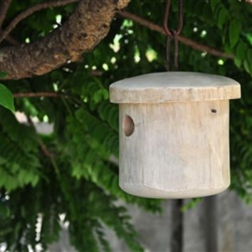 Primitive White Birdhouse