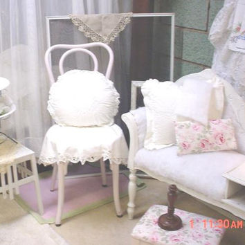 Bentwood Cafe Chair Vintage Shabby Chic Painted French Cottage Pink