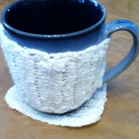 Pearly White Mug Cozy and Mug Rug
