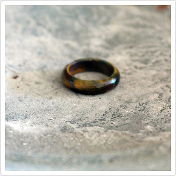 Tiger Eye / Gemstone / Ring / Healing Stone / Band / Women's Ring / Yoga / Brown Stone / Carved