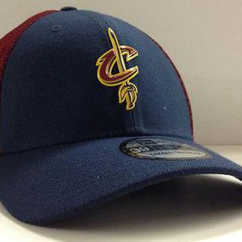 Cleveland Cavaliers Cavs New Era NBA 39THIRTY On Court Mesh Stretch Fit Cap Hat