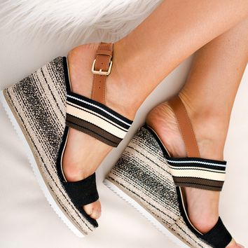 Betsy Striped Wedges (Black)