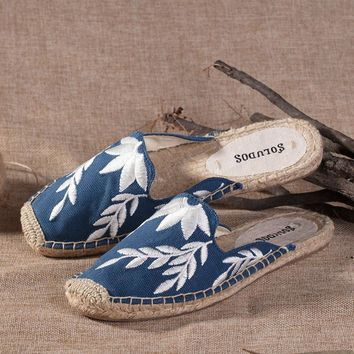 Soludos Embroidered Floral Flame Embroidery Slipper Mule Navy - Best Deal Online