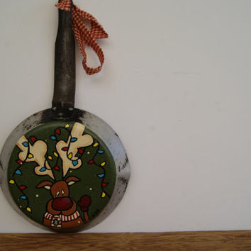 Christmas Reindeer Skillet ~ Hand Painted Christmas Decoration ~ Red Nosed Reindeer Decoration ~ Kitchen Decor
