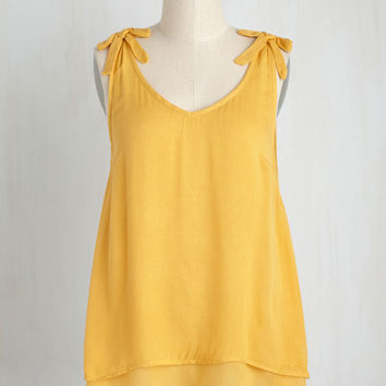 One Shadyside Character Top in Daffodil | Mod Retro Vintage Short Sleeve Shirts | ModCloth.com
