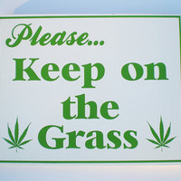 Please Keep on the grass sign by SAGESIGNS on Etsy