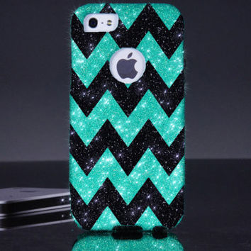 iPhone 5/5S Otterbox Case - Chevron Print Wintermint/Black iPhone 5/5S Commuter Case - iPhone 5/5s Otterbox Cover