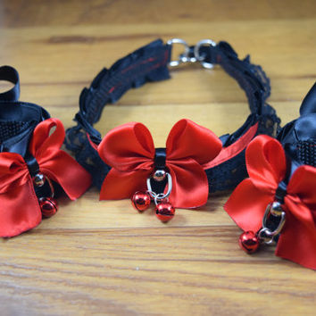 The Red Queen -  Pet Play and BDSM Pleated Ribbon Collar and Cuff Set (4) with Black Lace