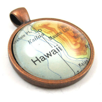 Hawaii Pendant from Vintage Map, in Glass Tile Circle