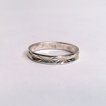 1980s Textured Sterling Silver Ring Band