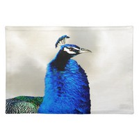 A proud peacock cloth place mat