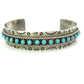 Native American Turquoise Bracelet. Sterling Silver Cuff, Snake Eyes. Hand Stamped. Zuni JP Jason & Pearl Ukestine. Vintage 1970s Jewelry