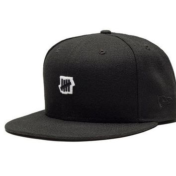 ONETOW Undefeated Small 5 Strike New Era Cap In Black