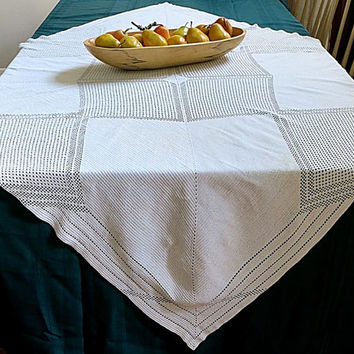Crocheted Tablecloth Rectangle 1950s Vintage Cotton Off White Geometric Pattern
