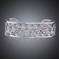 Accent Scroll Hinged Bangle